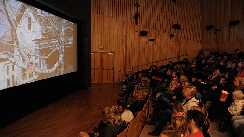 DEN STORE KINODAGEN: Lørdag håper Rune Skogheim du tar med familien på Aukrustsenteret og ser en film eller to i Flåklypasalen. Arkivfoto: Ivar Thoresen.