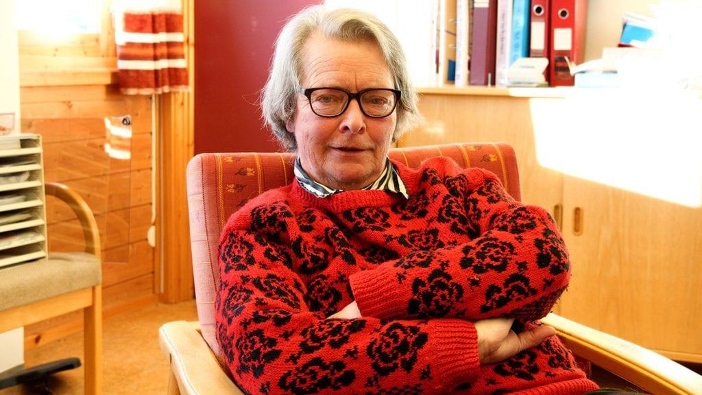 SISTE GANG: Søndag er siste gang Kari prest leder en gudstjeneste i Alvdal kirke. Det etter 37 år. Arkivfoto: Anne Skjøtskift.