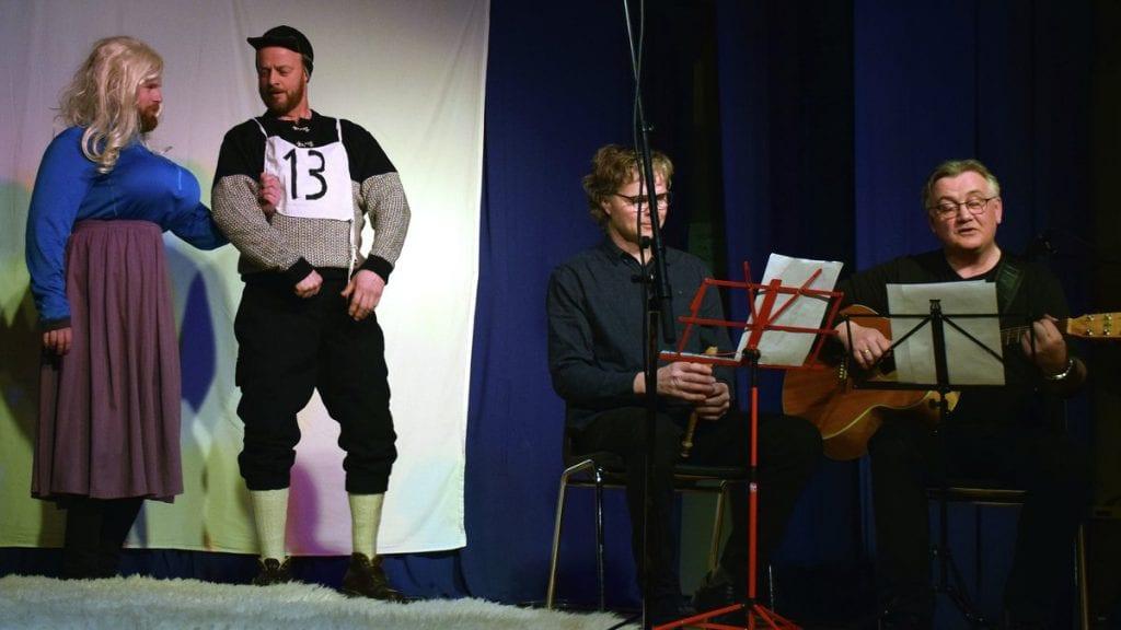NM-VISA: Kåsen-kara framførte Sigmund Tronslis NM-sang fra 1964. Olav Kjernmoen og Halvor Riset Granrud framførte historien.