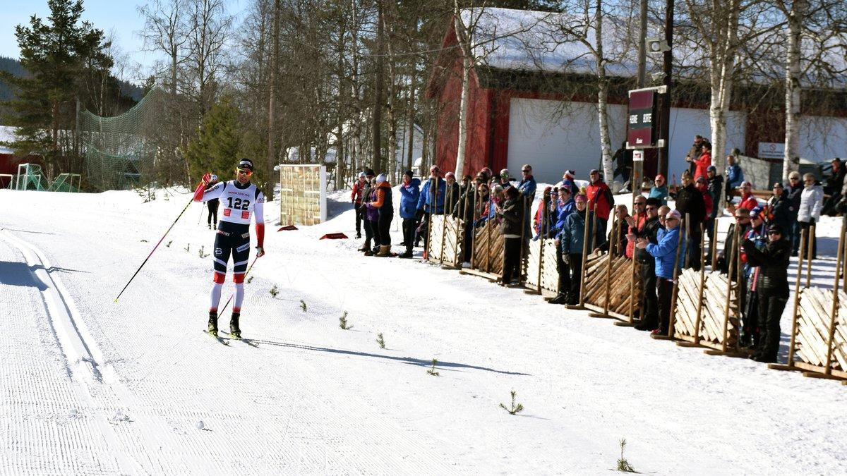 RASKEST: Niklas Dyrhaug var som forventet raskest i jubileumsrennet.