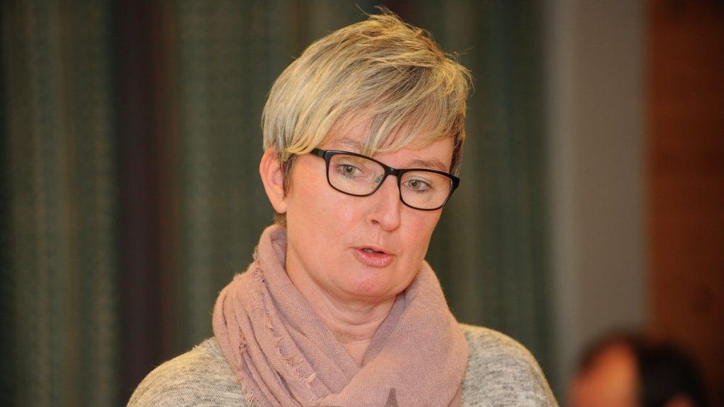LETER ETTER LEGE: Helsesjef Anita Engelberg er fornøyd med at kommunene kan ansette sin tredje fastlege. Arkivfoto: Ivar Thoresen