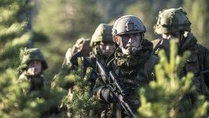 NATO-soldatene rykker inn