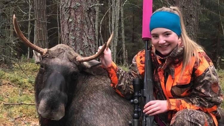 Andrine skjøt sin første elg