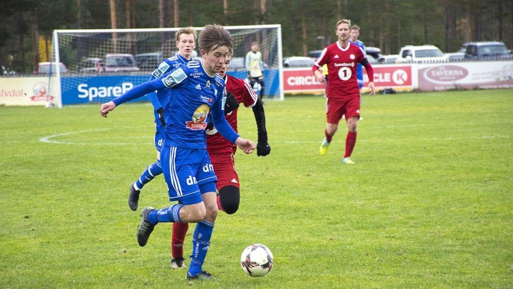 FLERE SJANSER: Martin Rosmæl Kløvstad og resten av laget hadde flere store sjanser i forrige sesong. Nå håper laget å sette flere av dem i neste sesong. Foto: Tore Rasmussen Steien