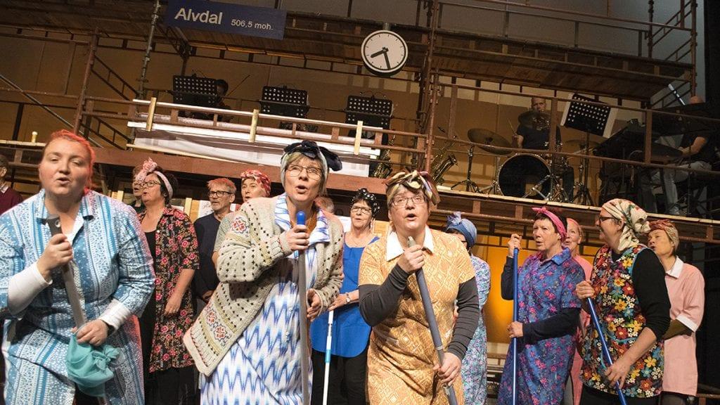FEST OG MORO: Åpningsforestillingen skal først og fremst være moro og en fest for publikum. Foto: Tore Rasmussen Steien