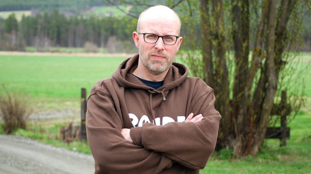 IKKE BLITT HØRT: Geir Lohn mener Bård Hoksrud (FrP) ikke har lyttet nok på faglagene. Han håper Olaug Bollerud (KrF) er en bedre lytter. På bildet er nåværende leder i Hedmark Bondelag, Erling Aas-Eng. Foto: Hedmark Bondelag