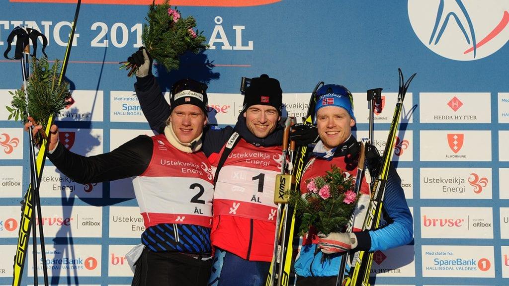 MEDALJEVINNERNE: Tore Leren, til venstre, tok sølv, Alexander Os vant, mens Petter Austberg Bjørn (til høyre) tok en råsterk bronsemedalje. Foto: Svein Halvor Moe