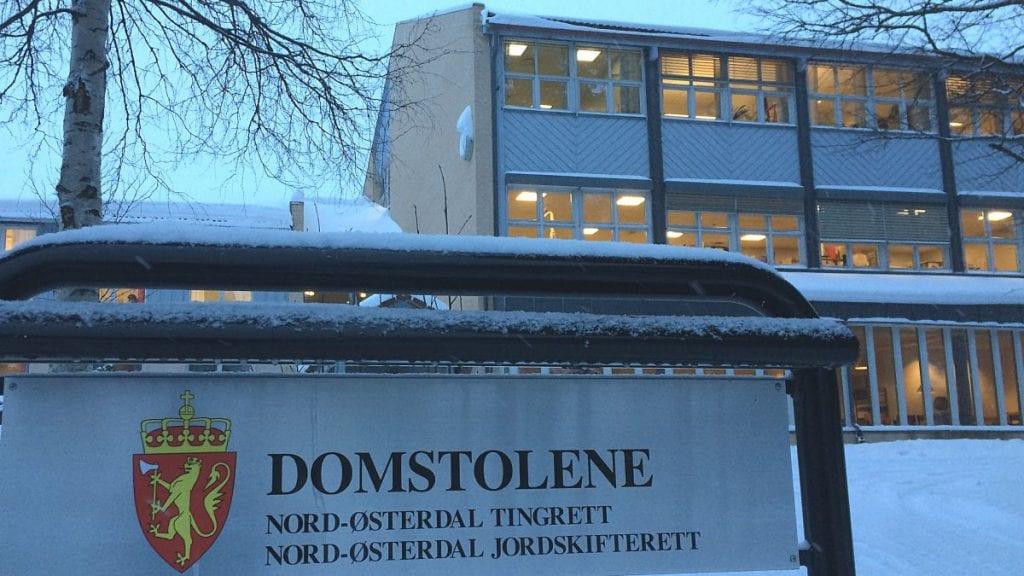 TRUSLER: En mann i 60-årene fra distriktet er dømt til 60 dagers fengsel for trusler mot politi og helsepersonell. Arkivfoto: Erland Vingelsgård