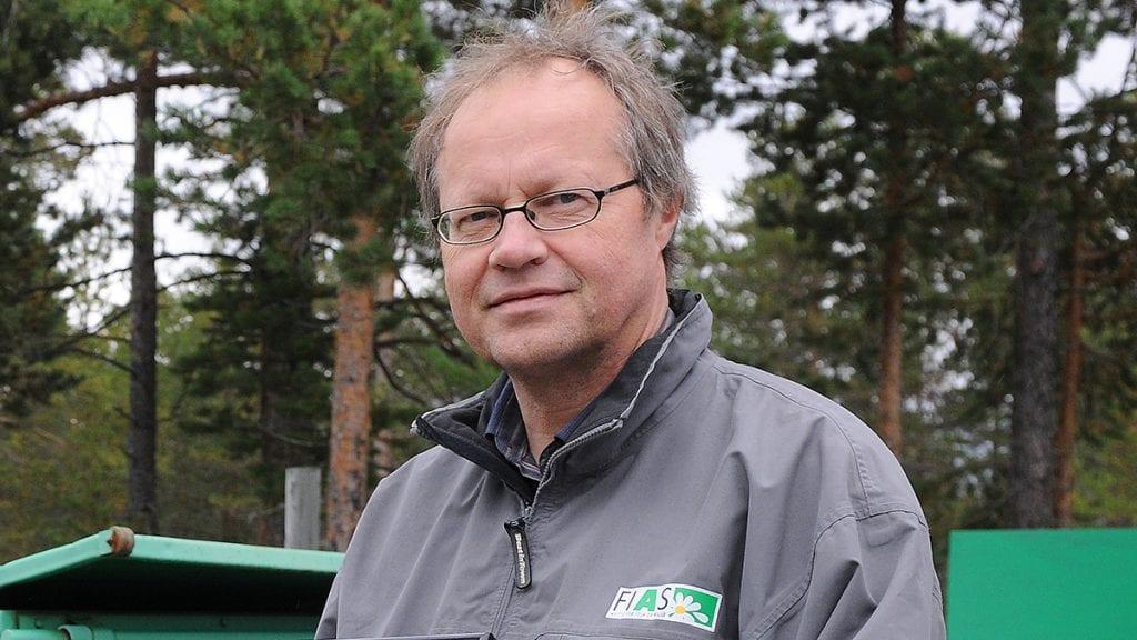 FLERE GRUNNER: Rådgiver i FIAS, Arve Fossen, sier det er flere grunner til at de ikke henter avfallet i Alvdal onsdag. Foto: Ivar Thoresen.