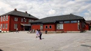 FLYTTER TIL STEIGEN SKOLE: Planen er å flytte frivilligsentralen til Steigen skole. Foto: Ivar Thoresen