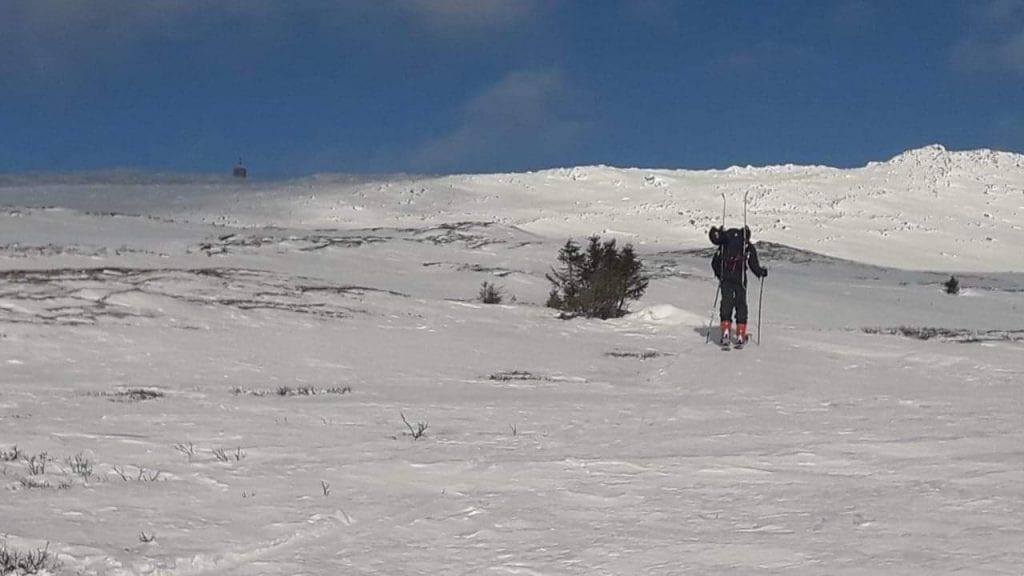 NYT FJELLET FORSIKTIG: Geir Sletten Borlaug vil ikke slutte å kjøre ski i fjellet, men tror han vil bli litt mer forsiktig. Foto: privat
