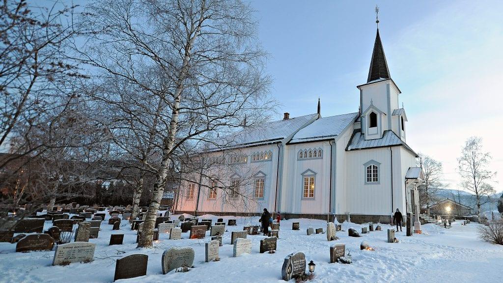 LIKE FØR: Det nærmer seg konfirmasjon, og Embret Nordseth reflekterer over begivenheten i sitt skråblikk denne gang.
