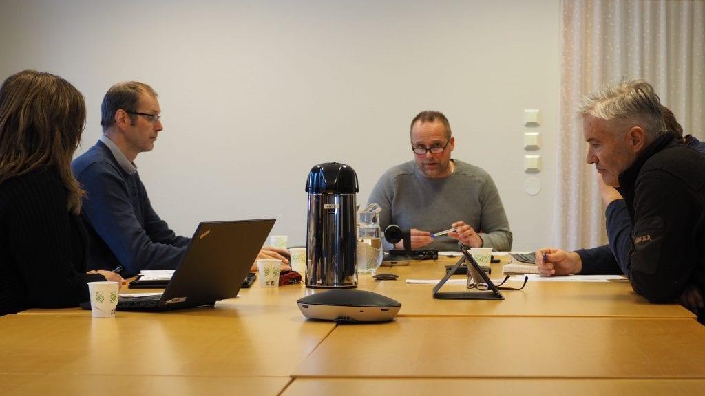 LEDET DISKUSJONEN: Hovedverneombud og leder av AMU, Rune Skogheim, ledet diskusjonen under tirsdagens møte i AMU. Foto: Audun Jøstensen Lutnæs