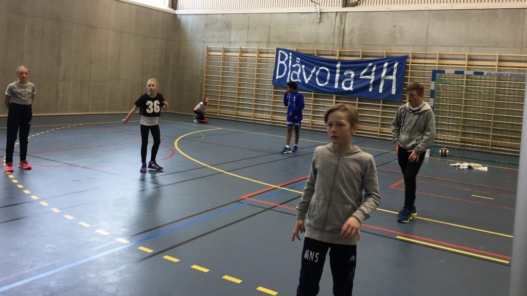 VOLLEYBALL: Forrige søndag arrangerte Blåvola 4H volleyballturnering for alle 4H-klubbene i regionen. Alle foto: Privat.
