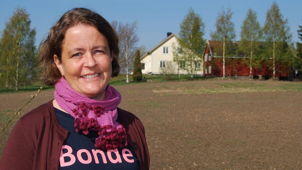 KRAVET ER LEVERT: Hedmark Bondelags nye leder Elisabeth Gjems. Foto: Hedmark Bondelag