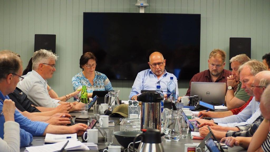 NY ARENA: Torsdagens kommunestyremøte ble avholdt på Alvdal Skurlag. Foto: Audun Jøstensen Lutnæs