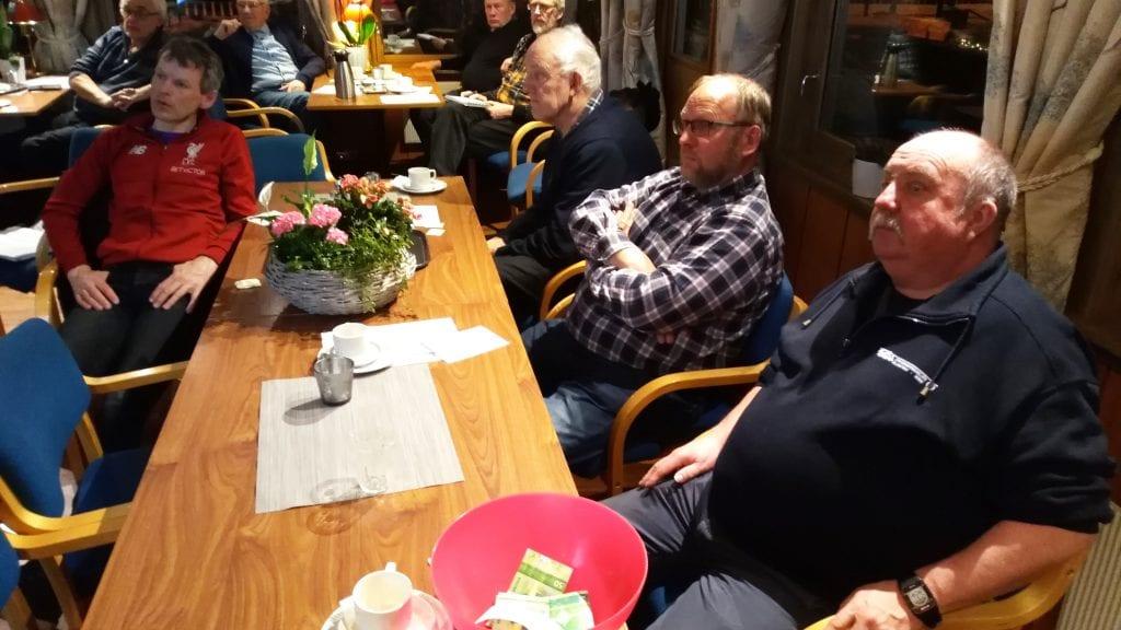 ÅRSMØTE: Årsmøte i Historielaget Frederiks Gave ble avholdt på Grimsbu med omtrent 20 medlemmer. Foto: Rune Alander.