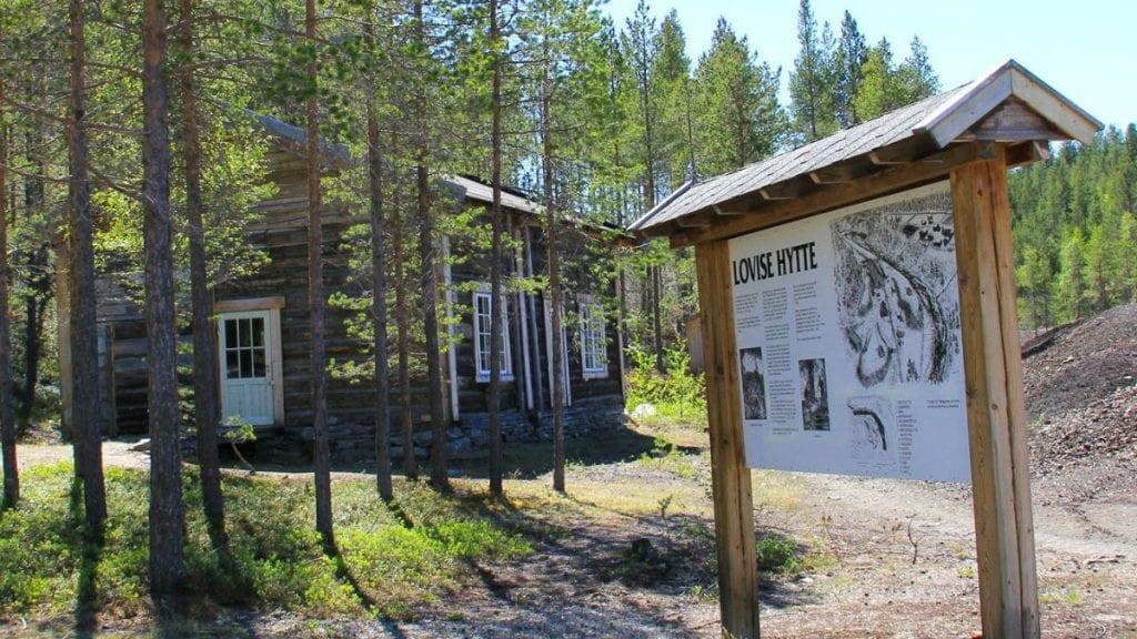 GRUVEVANDRING: Lovise hytte blir en av stedene som skal besøkes på gruvevandring i juli. Arkivfoto: Kai Røen