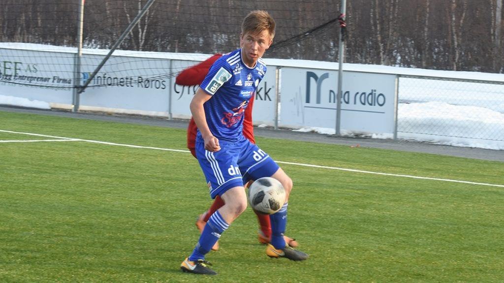 BØTTER INN MÅL: Seks ganger på to kamper har Martin Rosmæl Kløvstad funnet nettmaskene. Søndag er det nye muligheter. Foto: Jan Kristoffersen